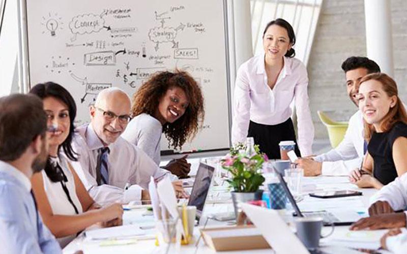 Women in Leadership - Arabic Women in Leadership - Arabic Training   Leadership & Management Training